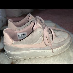 Women's Sage Low Air Force 1's!